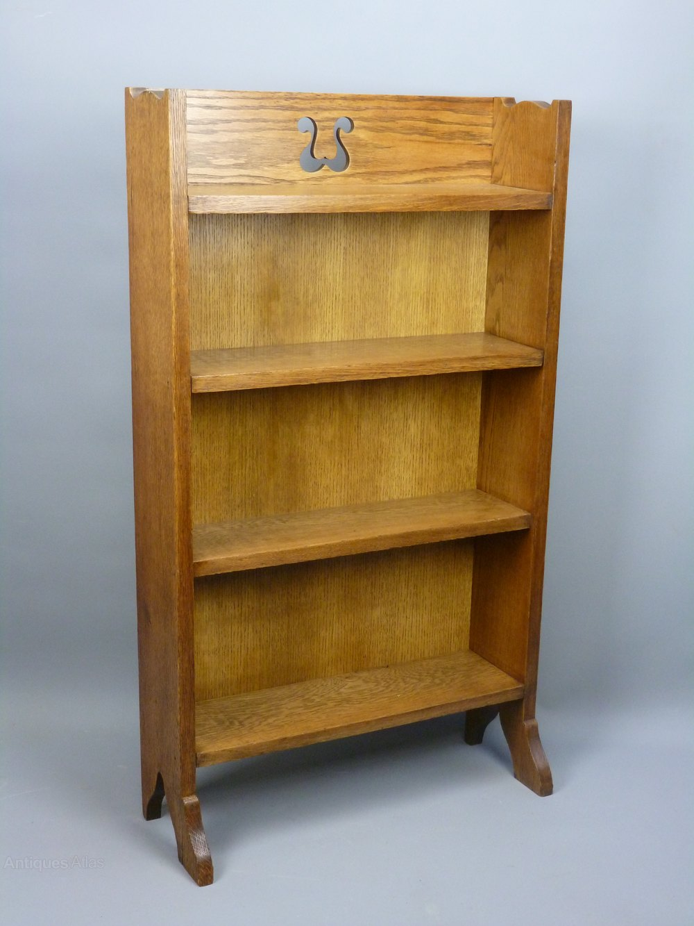 Arts and crafts oak bookcase c1910 antiques atlas for Arts and crafts bookshelf