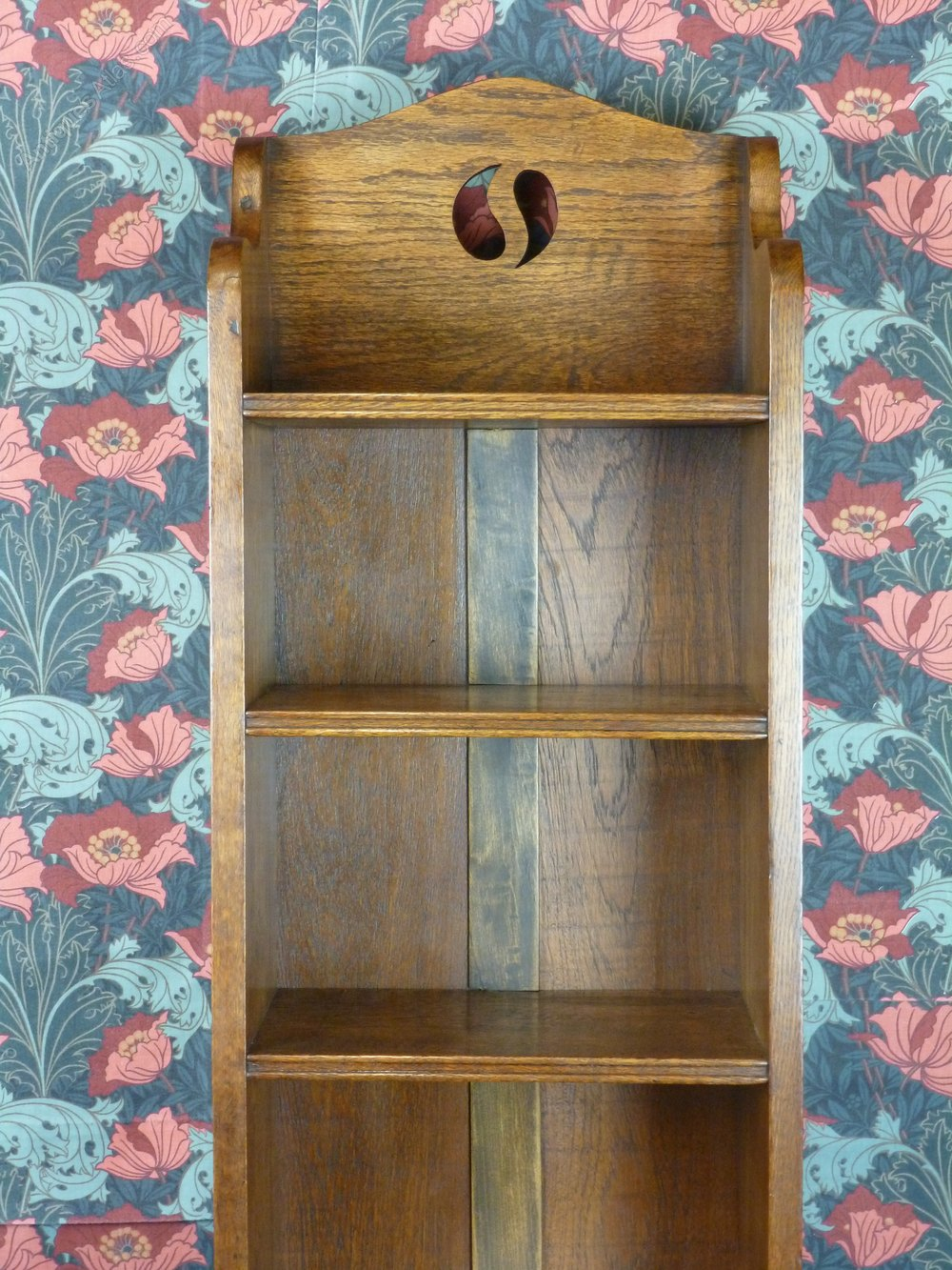 Very tall arts crafts narrow oak bookcase c1910 for Arts and crafts bookshelf