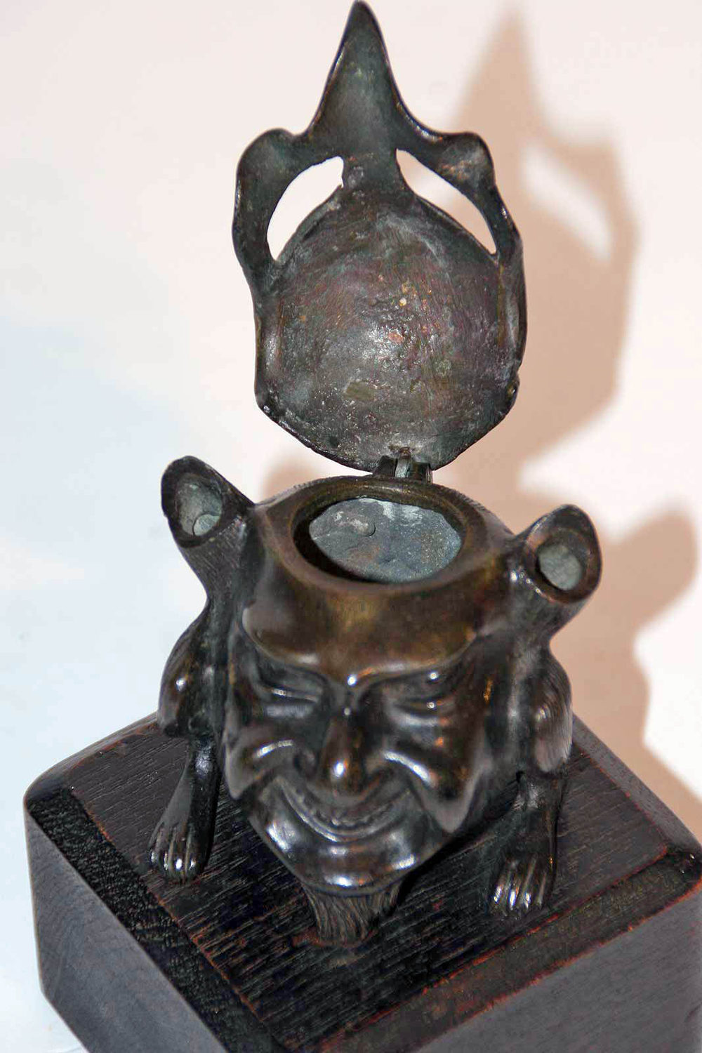 Victorian Furniture For Sale >> Antiques Atlas - Victorian Bronze Anthropomorphic Inkwell