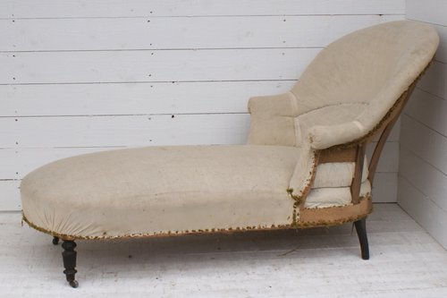 Antique french chaise longue upholstery inclusiv for Antique french chaise longue