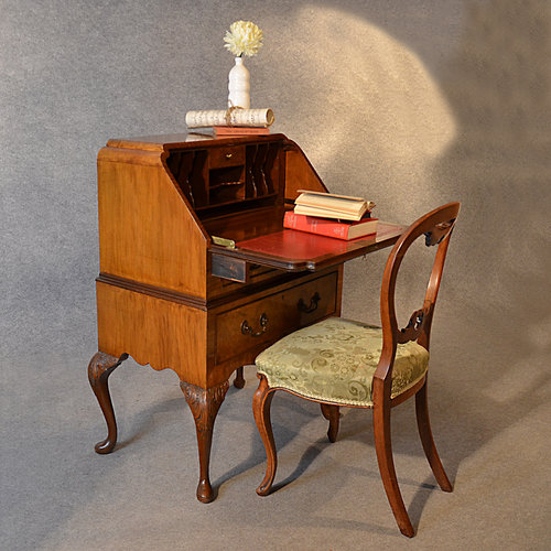 Antiques atlas antique art deco walnut bureau writing desk for Deco bureau