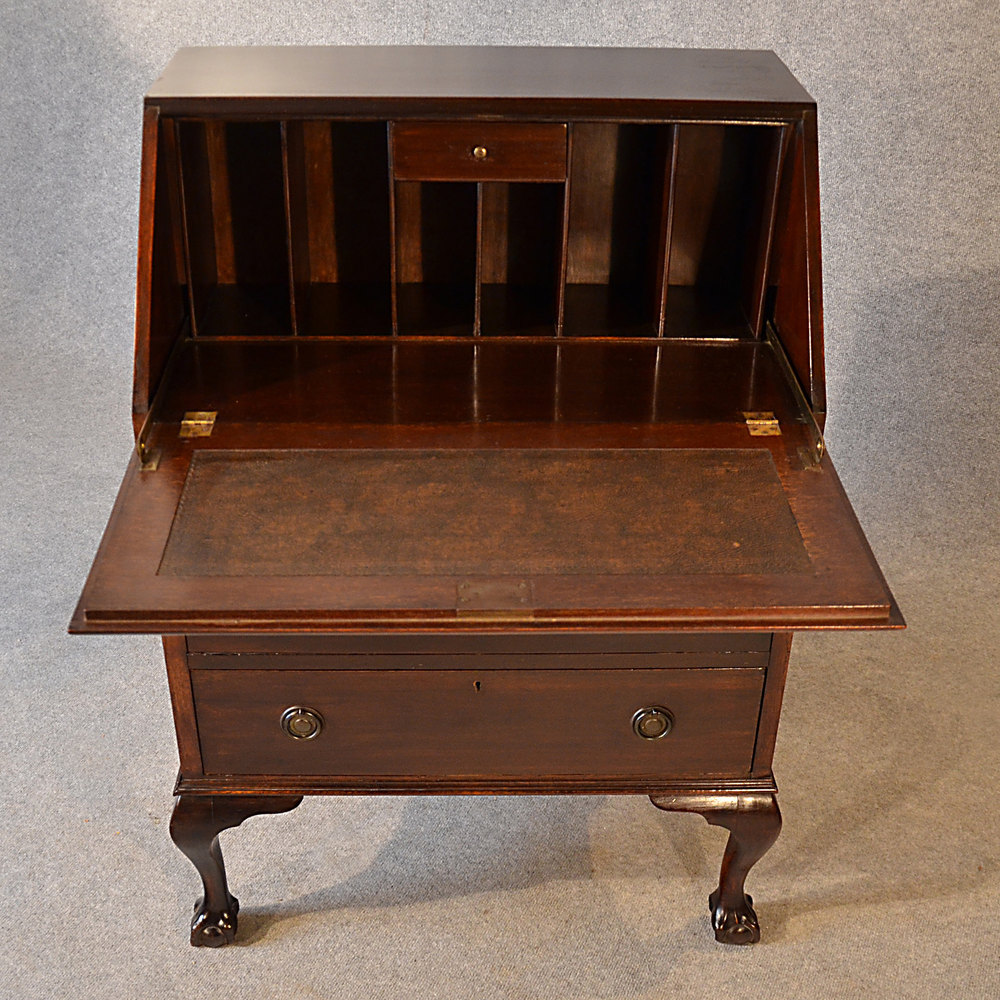 Antique bureau edwardian writing desk mahogany antiques for Bureau antique