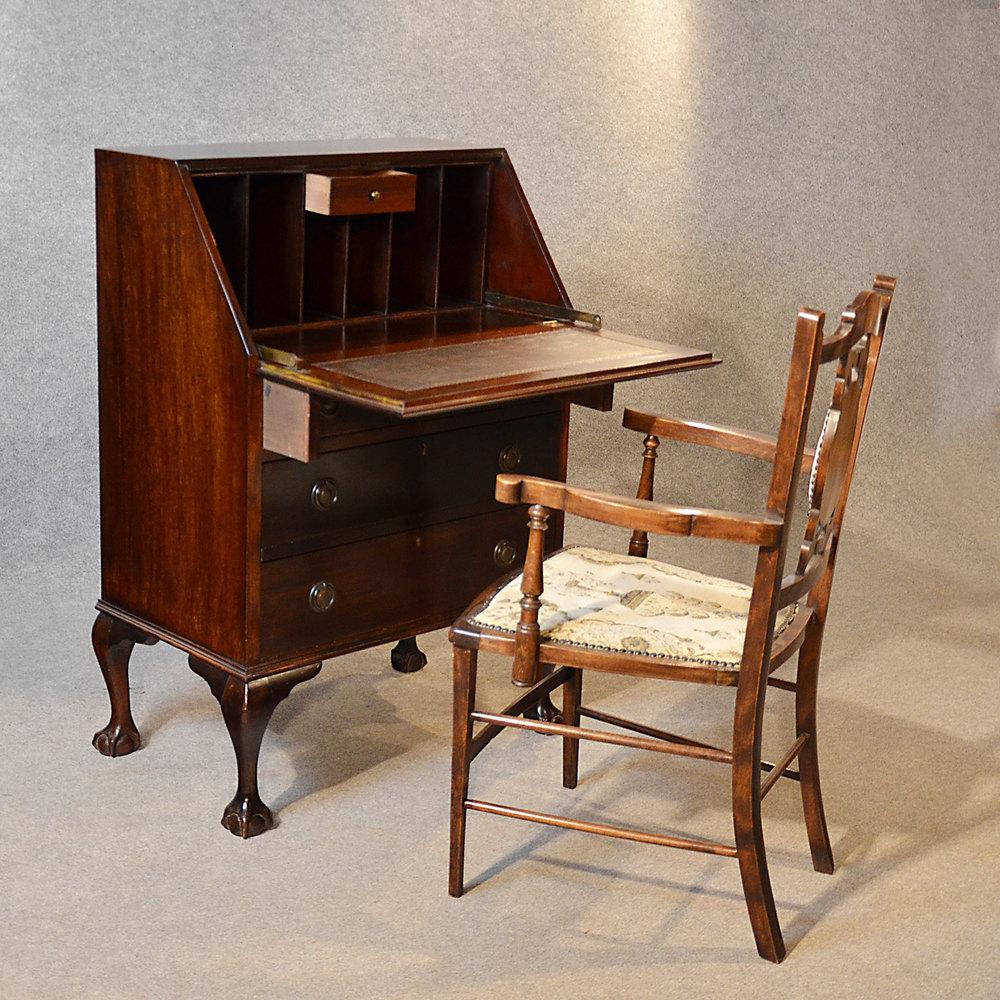 Antique bureau edwardian writing desk mahogany antiques for Bureau writing desk