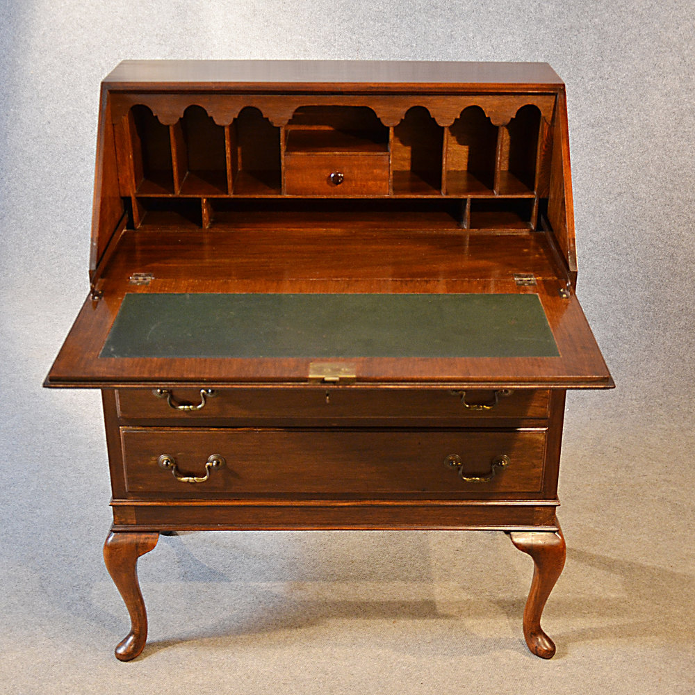 antique bureau writing desk mahogany english antiques atlas. Black Bedroom Furniture Sets. Home Design Ideas