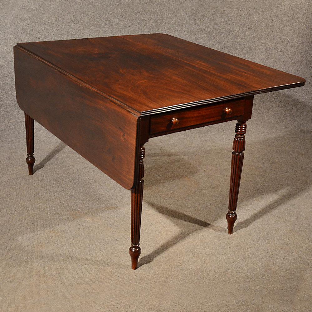 Antique dining table pembroke drop leaf english antiques for Antique drop leaf dining table