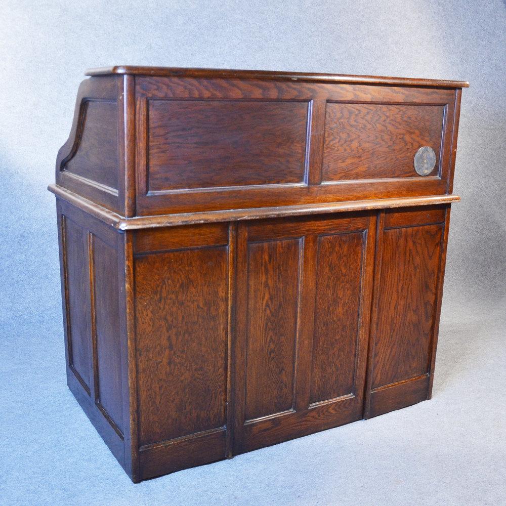 antique roll top writing bureau desk english oak antiques atlas. Black Bedroom Furniture Sets. Home Design Ideas