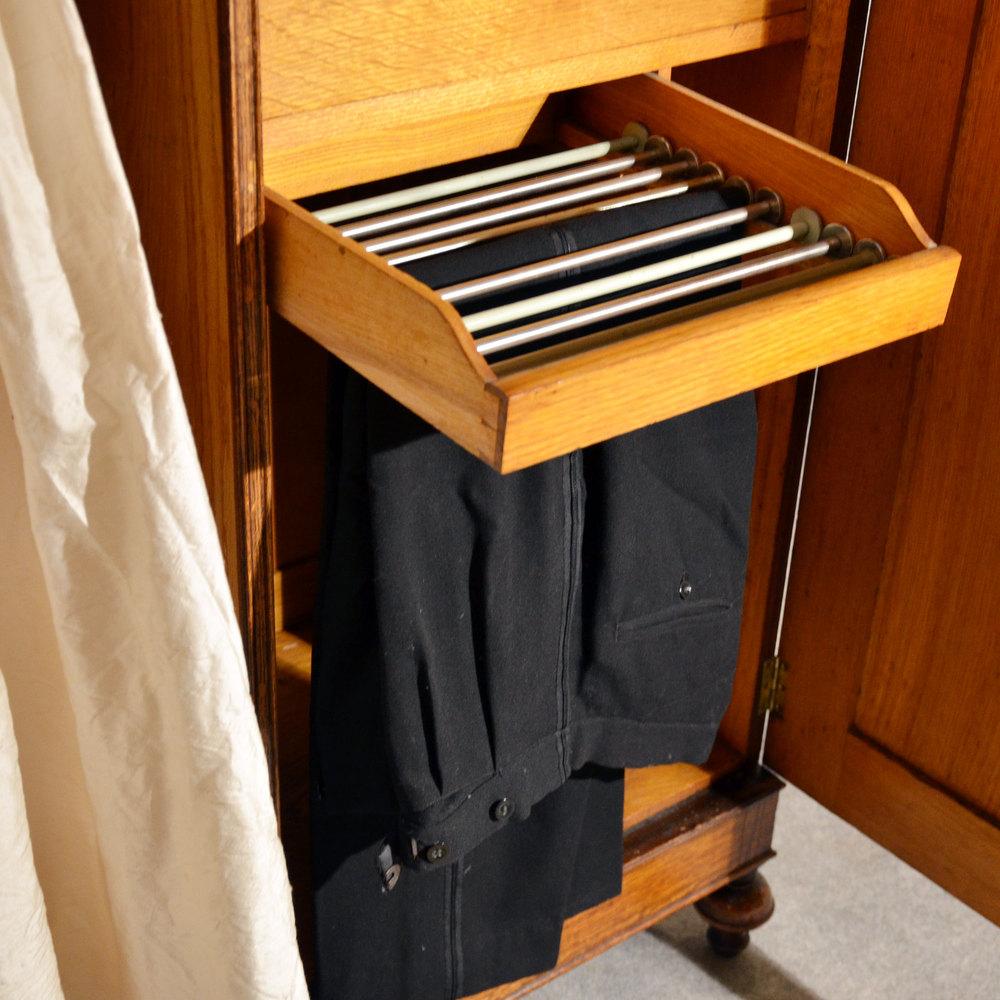 antique wardrobe oak edwardian english armoire antiques atlas. Black Bedroom Furniture Sets. Home Design Ideas