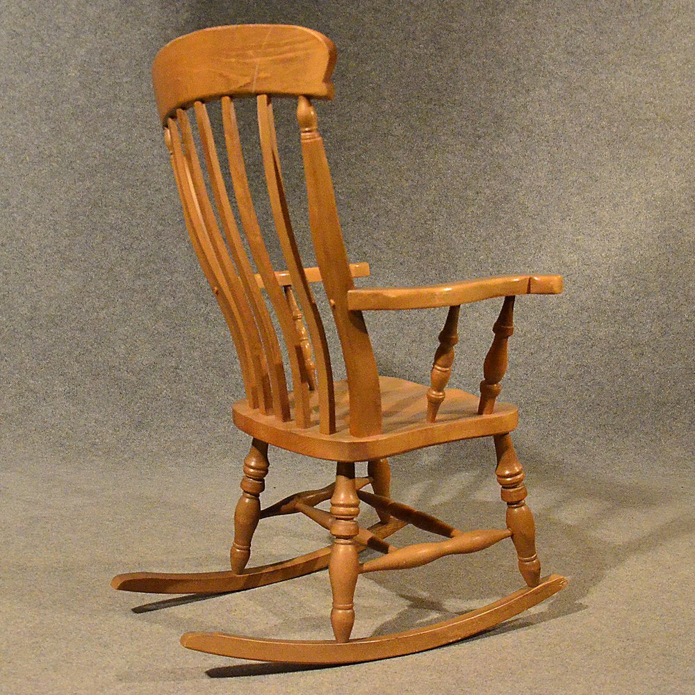 Antique windsor rocking chair large beech easy antiques for Rocking chair