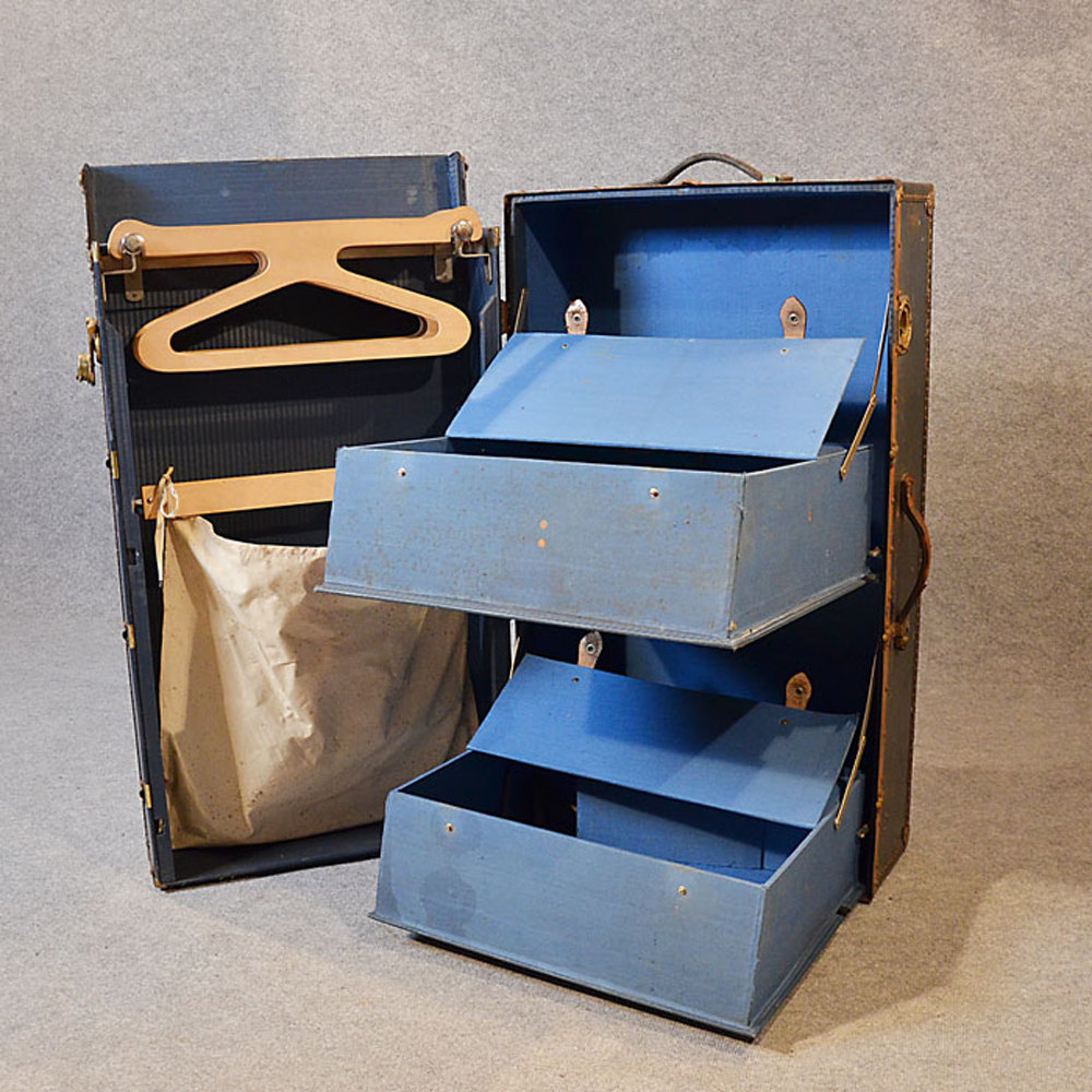 Antiques Atlas Coffee Table Shipping Trunk Travel Case Steamer