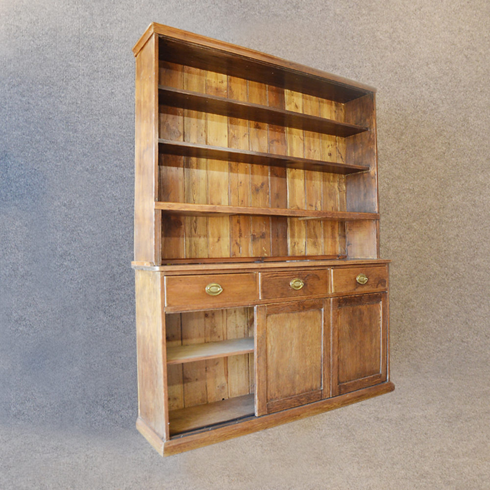 Pine dresser welsh country kitchen display cabinet for Antique pine kitchen cabinets