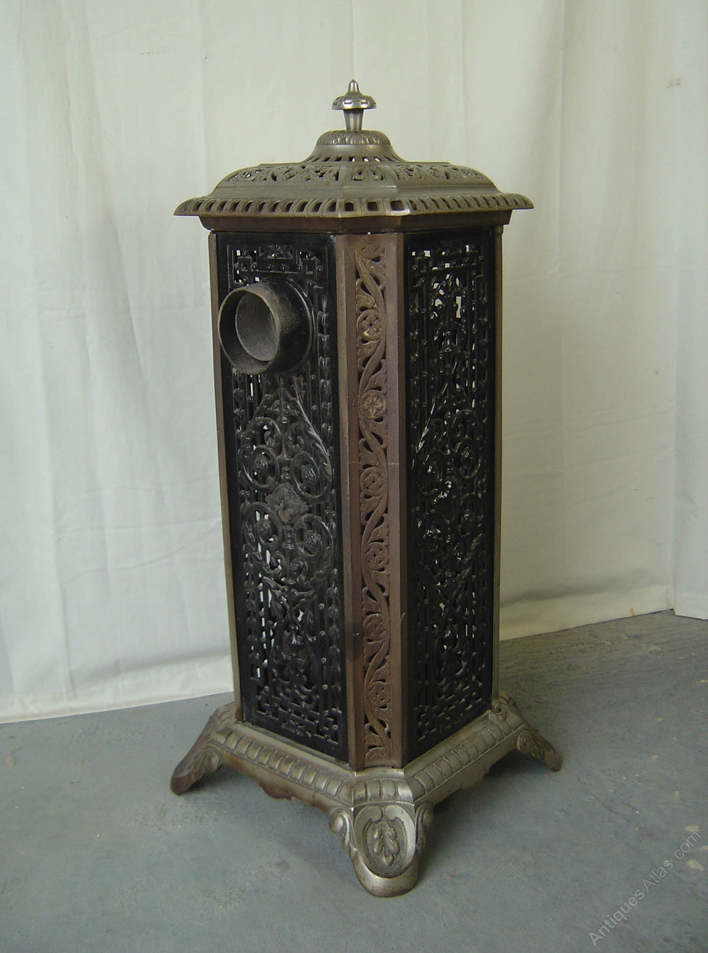 Antiques Atlas - Cast Iron Enameled French Stove/Heater