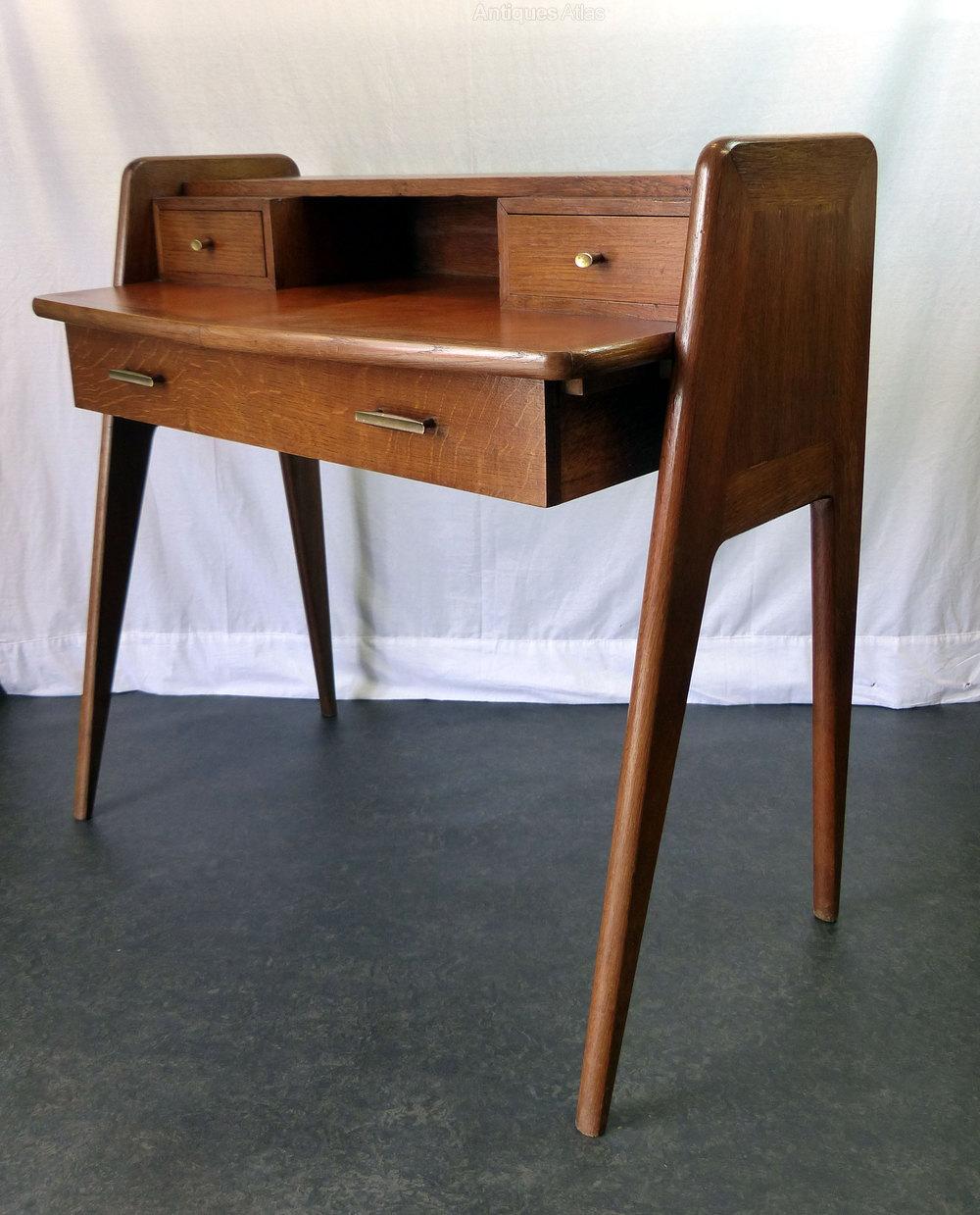 Antiques atlas vintage italian desk or dressing table for Retro dressing table