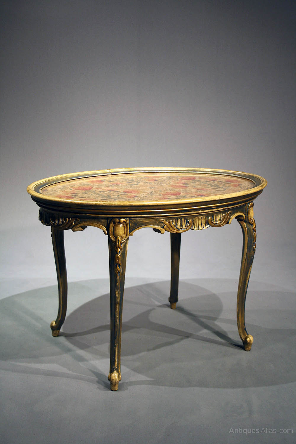antique oval painted coffee table antiques atlas. Black Bedroom Furniture Sets. Home Design Ideas