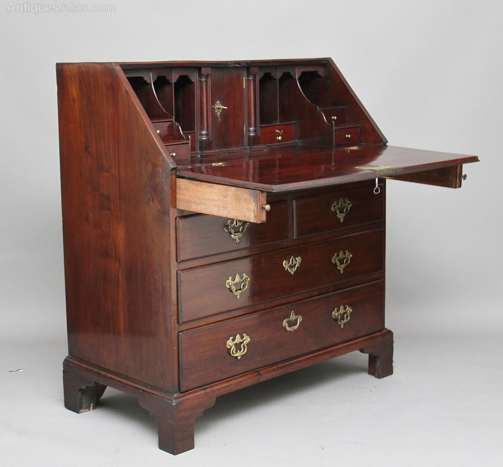18th century mahogany bureau antiques atlas for Bureau antique
