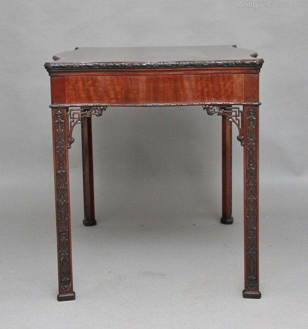 Early 20th century mahogany center table antiques atlas for Table th center