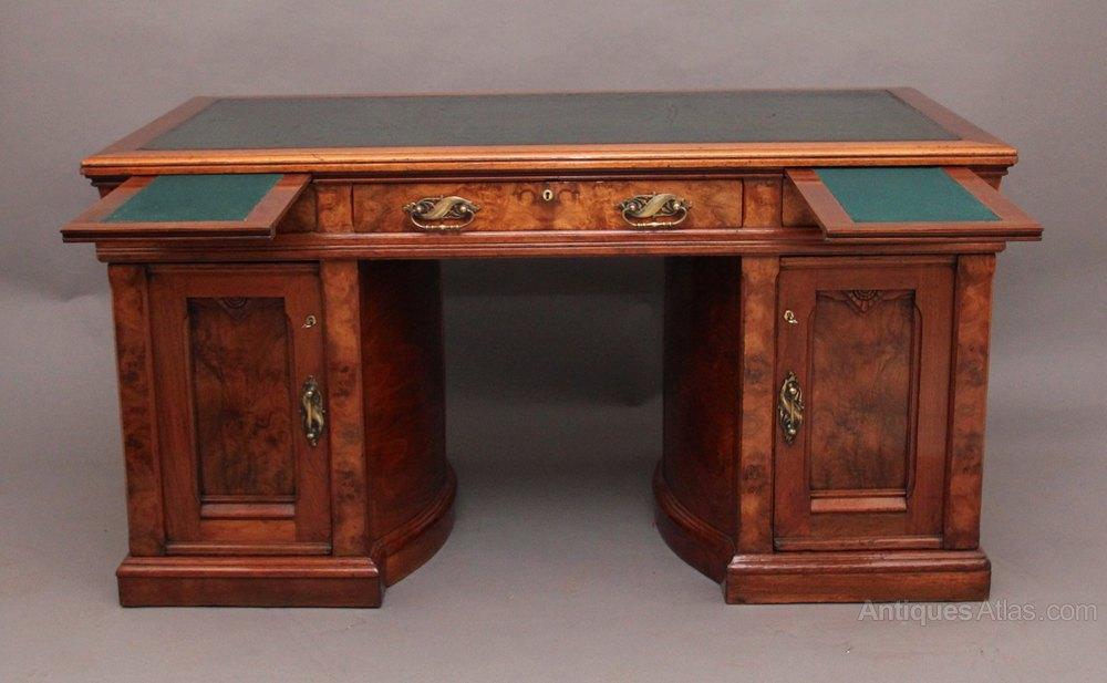 Walnut Pedestal Desk Antique Pedestal Desks walnut pedestal desk ... - Walnut Pedestal Desk - Antiques Atlas
