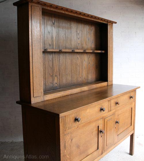 A Heal's 'Cottage' Oak Dresser