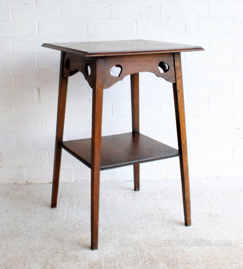 An arts crafts oak side table antiques atlas for Arts and crafts side table