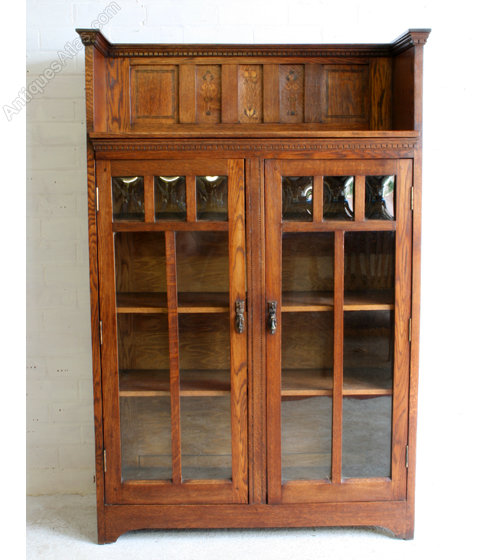 arts crafts oak bookcase with inlaid glasgow rose. Black Bedroom Furniture Sets. Home Design Ideas