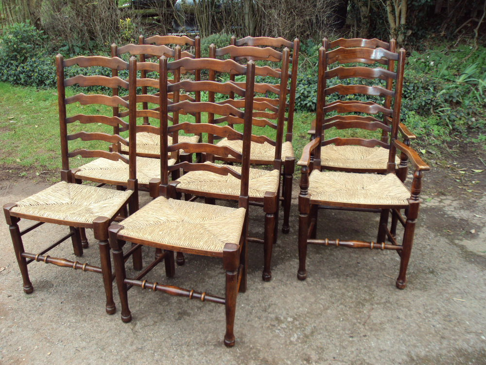 SET OF COUNTRY DINING CHAIRS Antiques Atlas