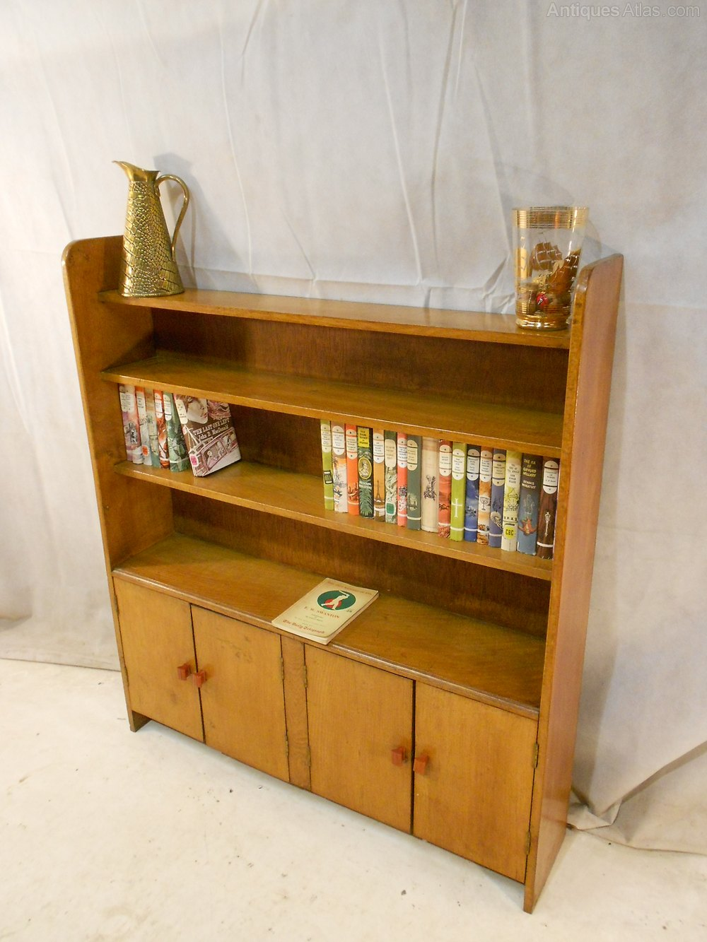 Arts crafts cotswold school oak bookcase 1918 39 for Arts and crafts bookcase