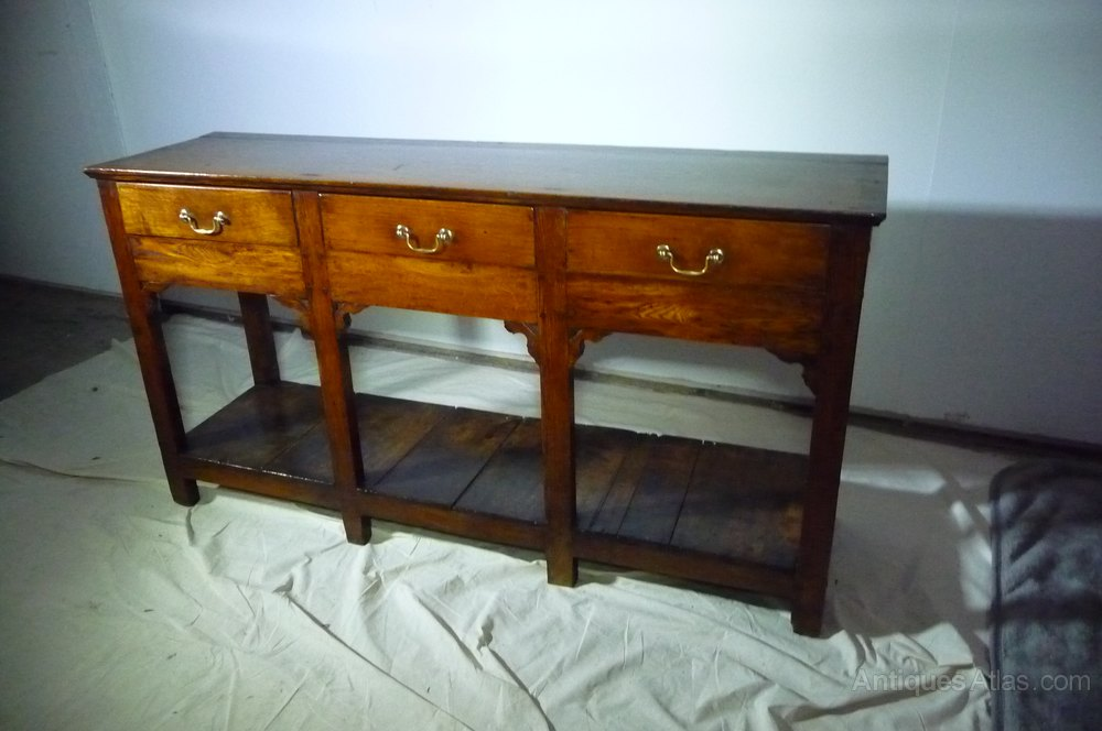 Comfortable Furniture: Antique Furniture South Wales