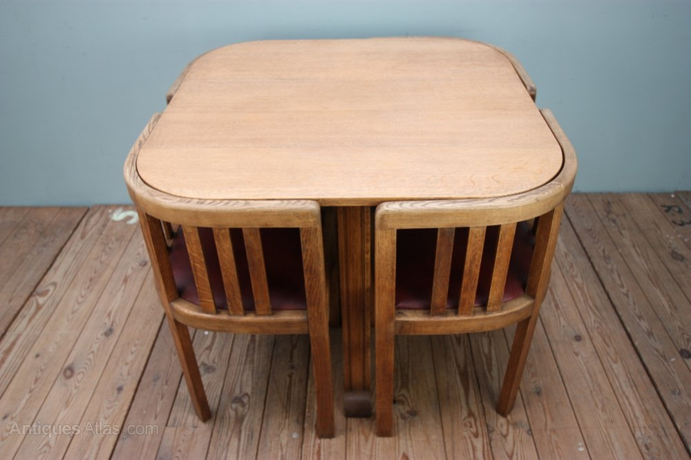 1920 S Oak Dining Table Amp Four Dining Chairs Antiques Atlas