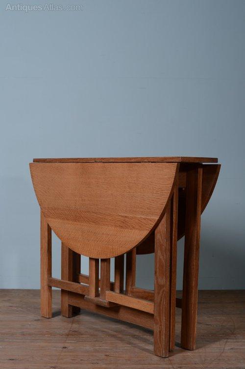 1930 39 s heals oak drop leaf dining table antiques atlas for Antique drop leaf dining table