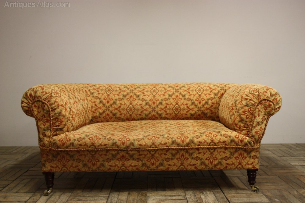 19th c english antique chesterfield drop arm sofa. Black Bedroom Furniture Sets. Home Design Ideas