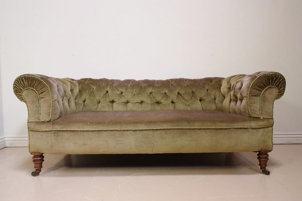 Antique victorian chesterfield sofa antiques atlas for Victorian sofa