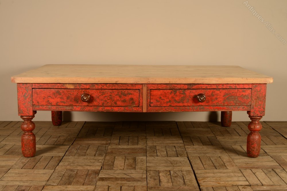 English Antique Coffee Table In Original Paint Antiques Atlas