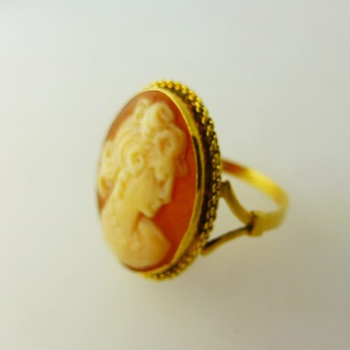 Antiques Atlas Cameo Ring 9ct Yellow Gold
