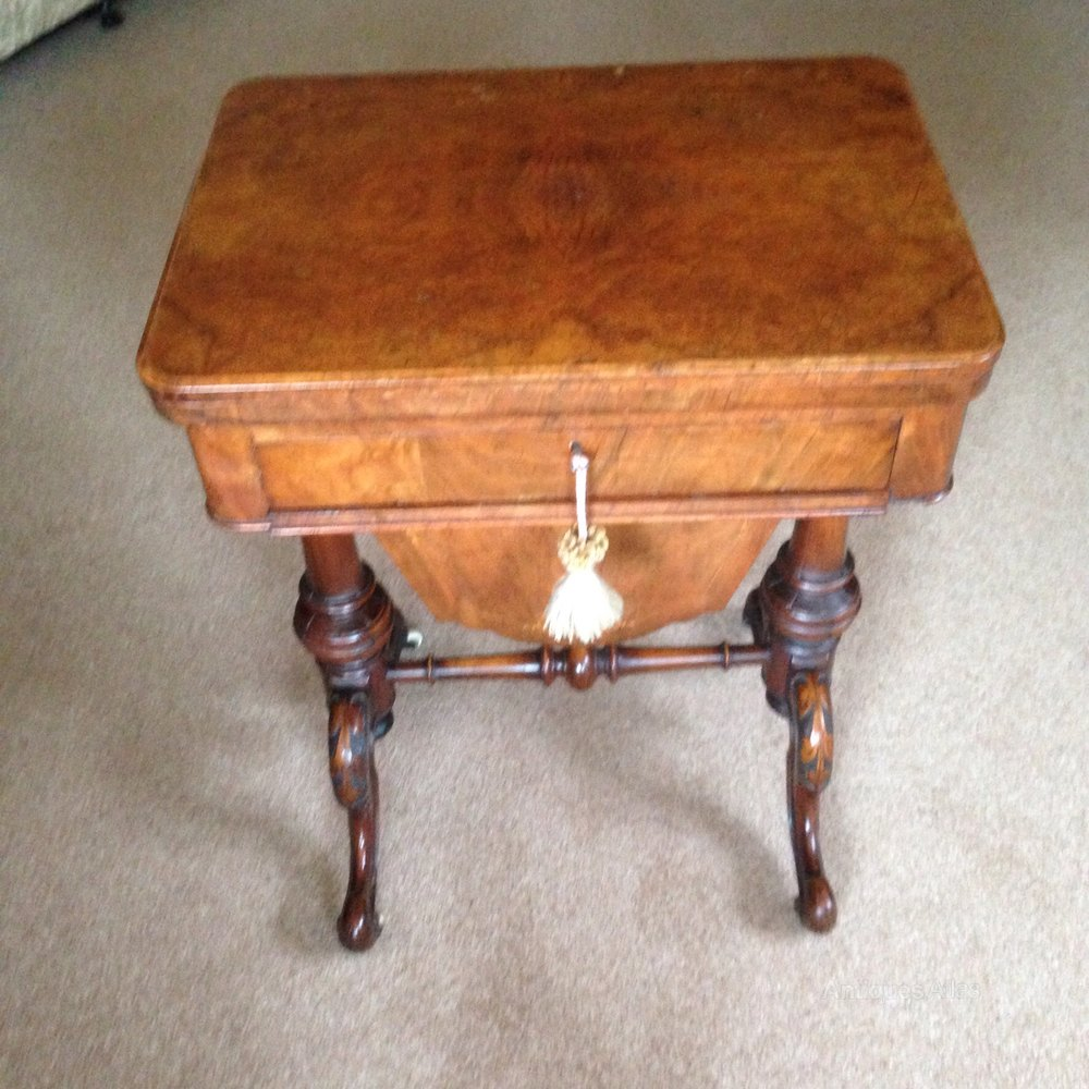 Victorian furniture table - Victorian Walnut Sewing And Games Table