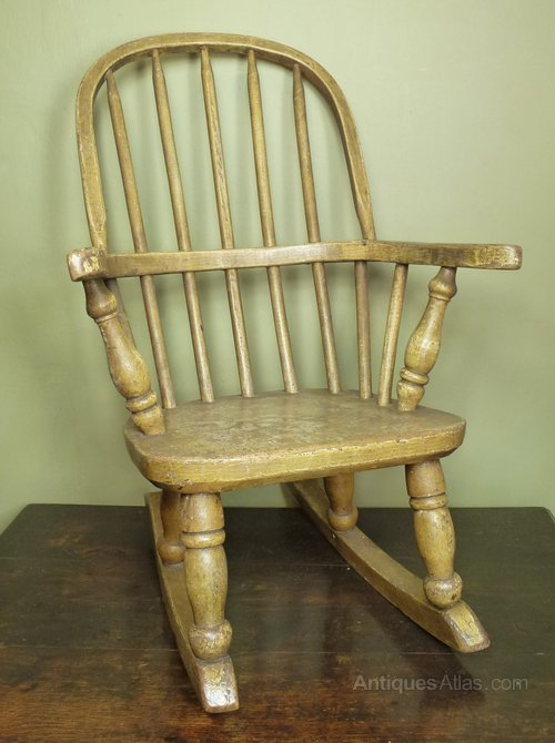 19th C Childs Windsor Rocking Chair - Antiques Atlas