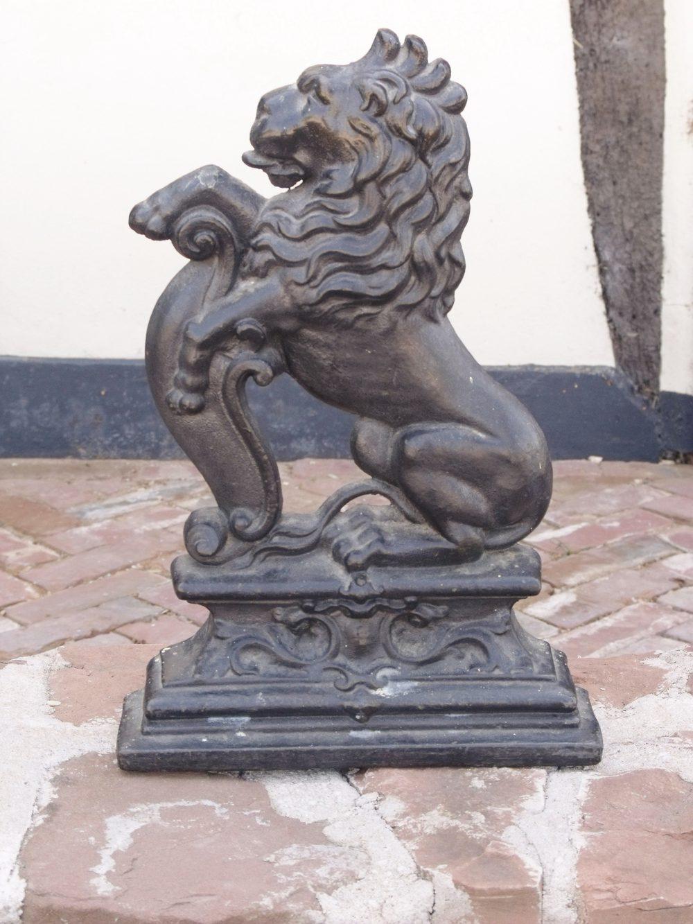 Antiques atlas 19th c lion door stop - Cast iron doorstop ...