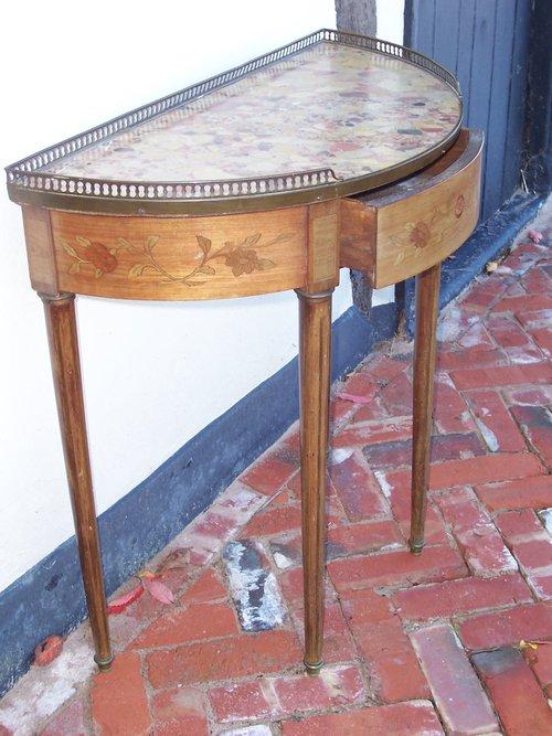 19th c demi lune table antiques atlas for Table cuisine demi lune