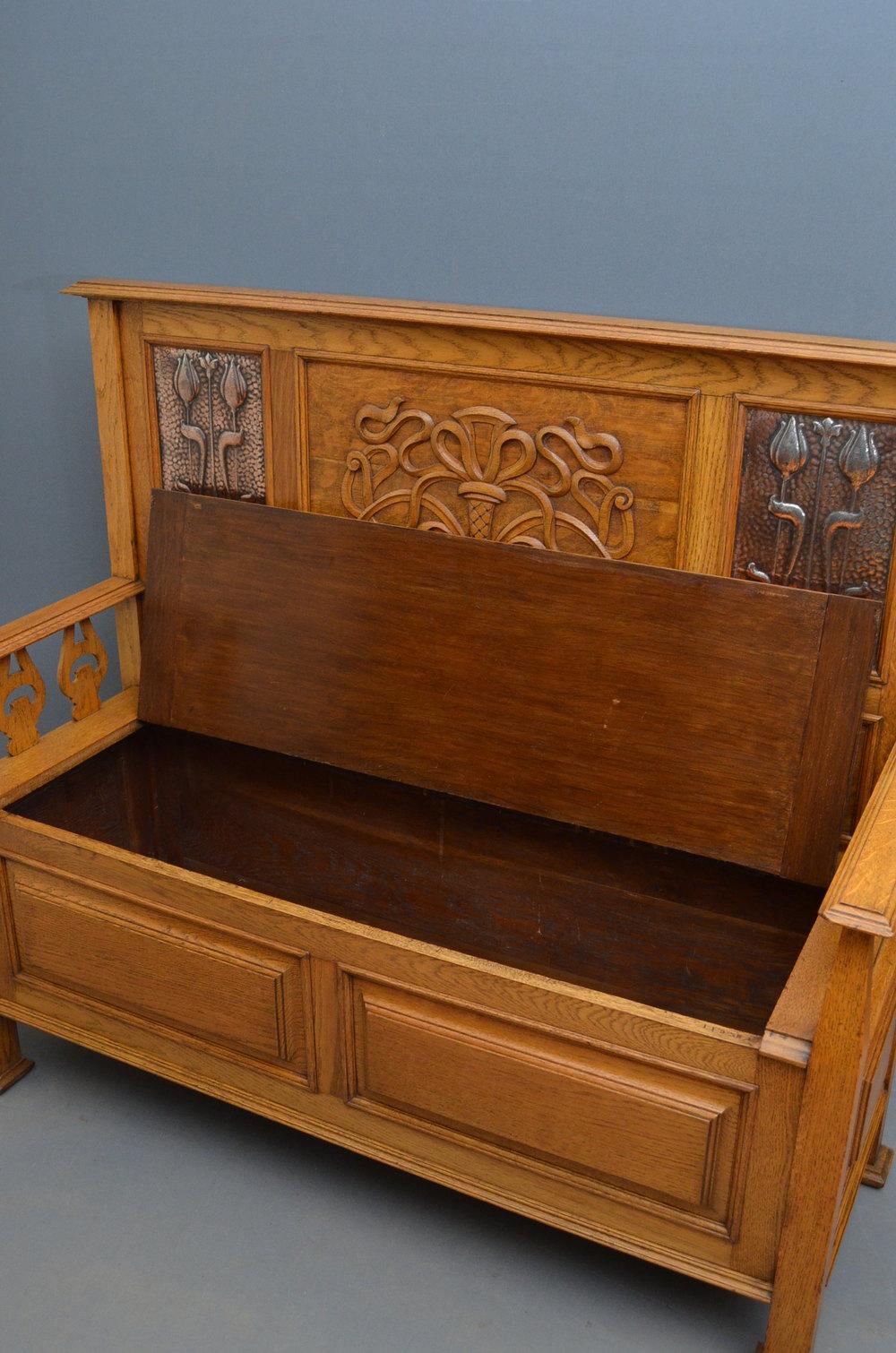 Arts Amp Crafts Oak Hall Bench By J Shoolbred Antiques Atlas