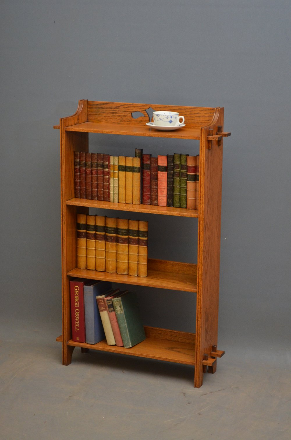 arts and crafts open bookcase antiques atlas. Black Bedroom Furniture Sets. Home Design Ideas