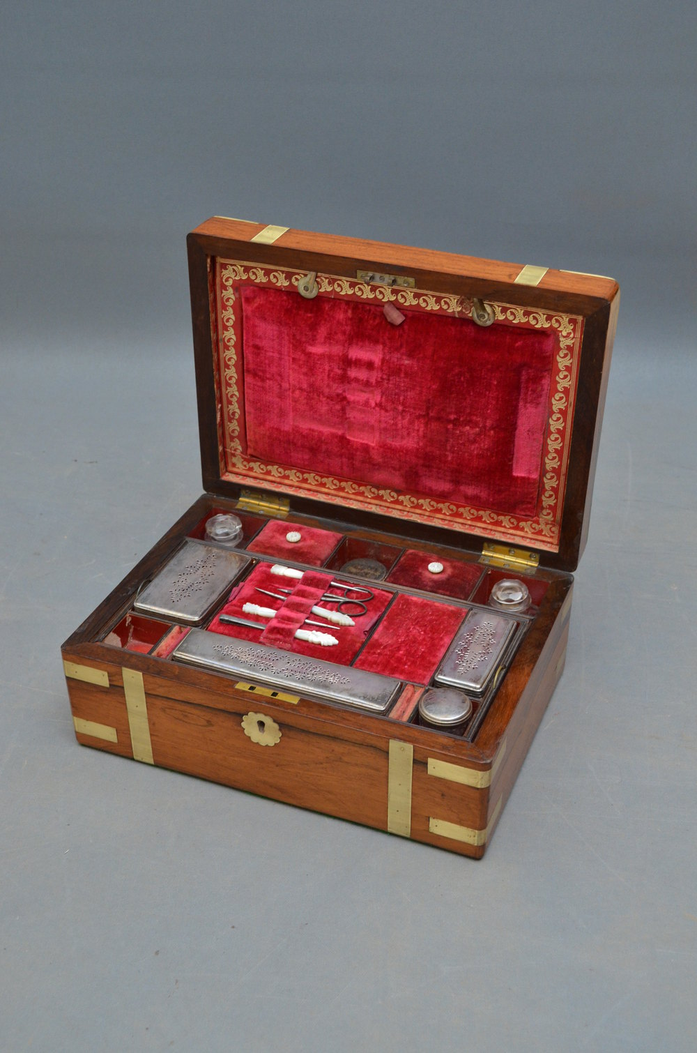 Antiques Atlas Attractive Victorian Rosewood Jewellery Box