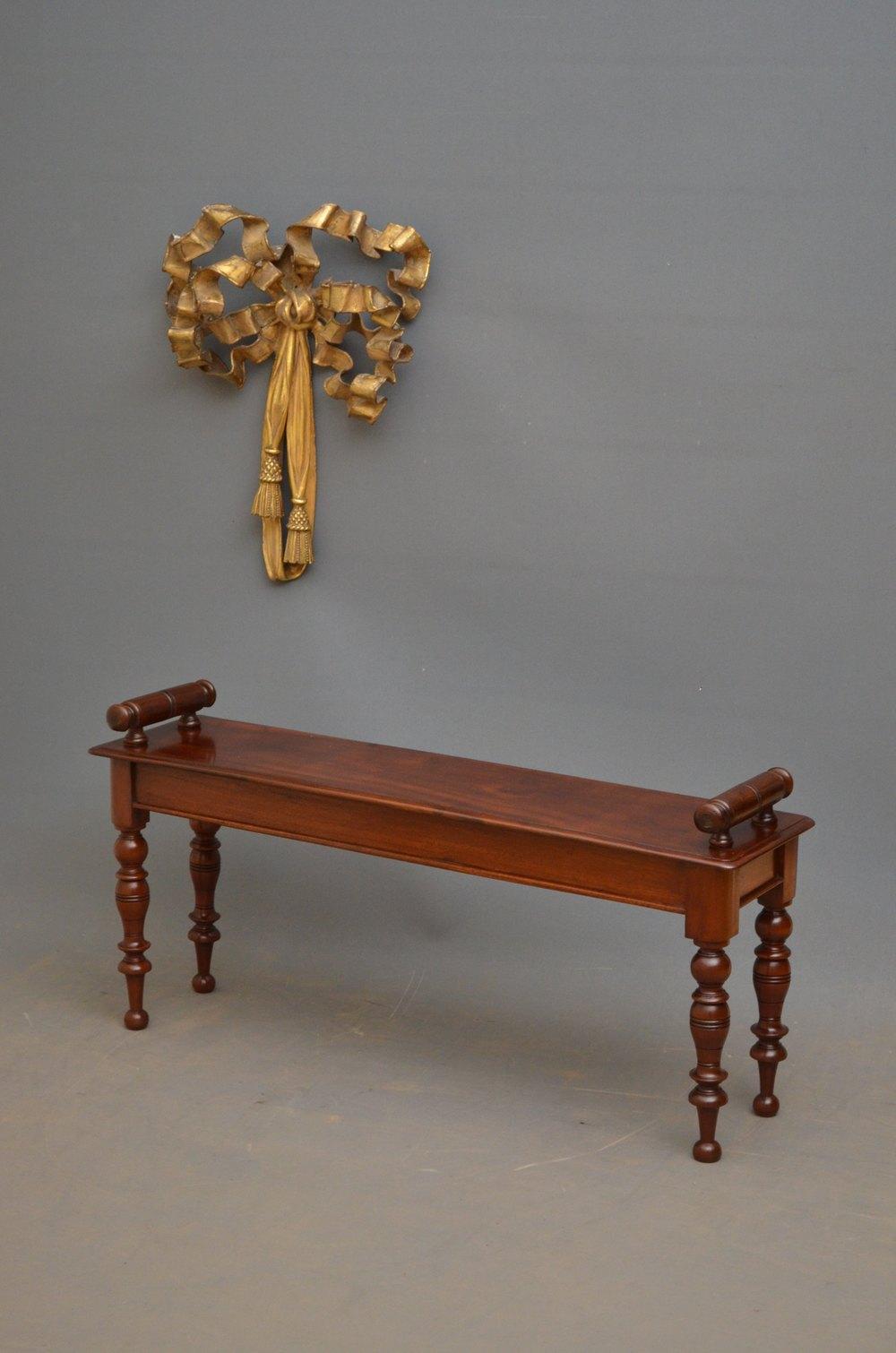 Elegant Victorian Hall Bench In Mahogany Antiques Atlas