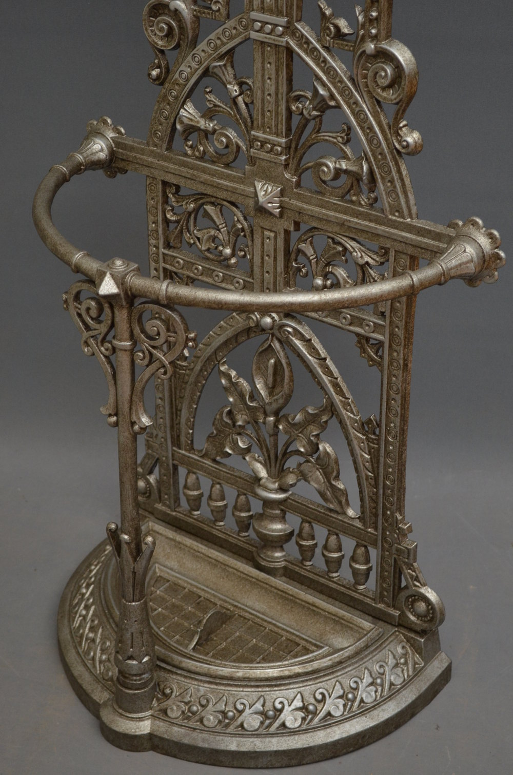 Excellent Cast Iron Hall Stand Antiques Atlas