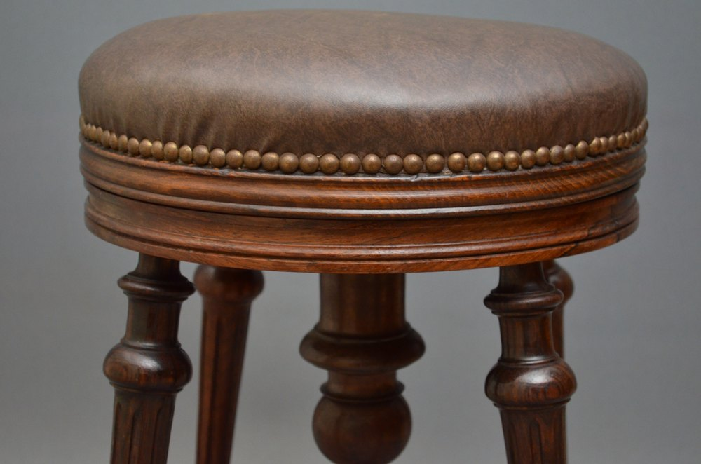 Exceptional Victorian Stool In Rosewood Antiques Atlas