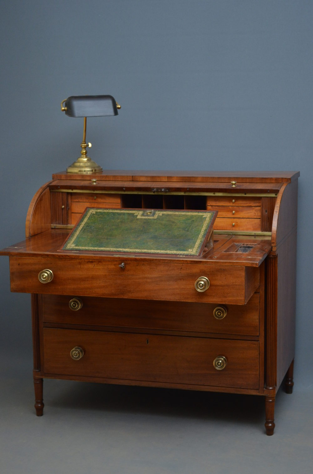 Regency writing chest secretaire bureau antiques atlas for Bureau secretaire