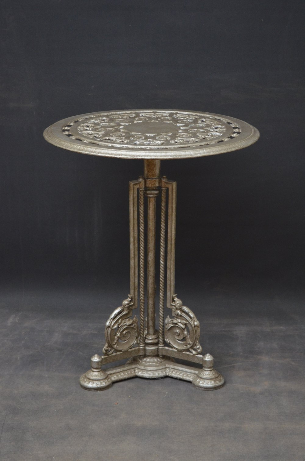 Antiques Atlas Victorian Cast Iron Garden Table