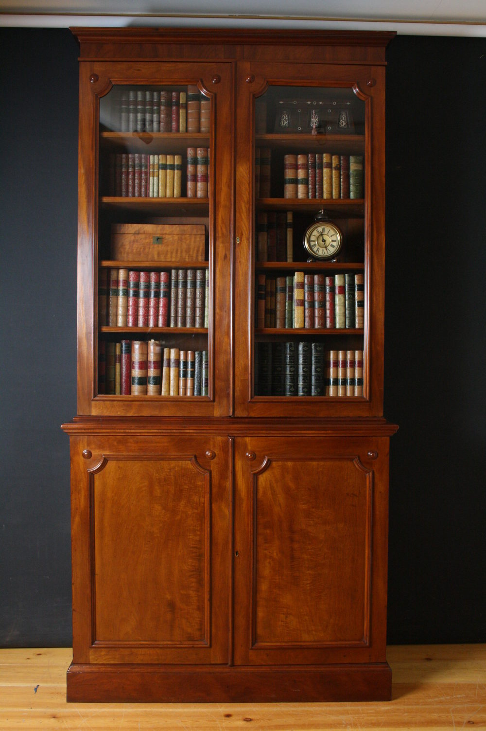 Early Victorian Library Bookcase - Antiques Atlas