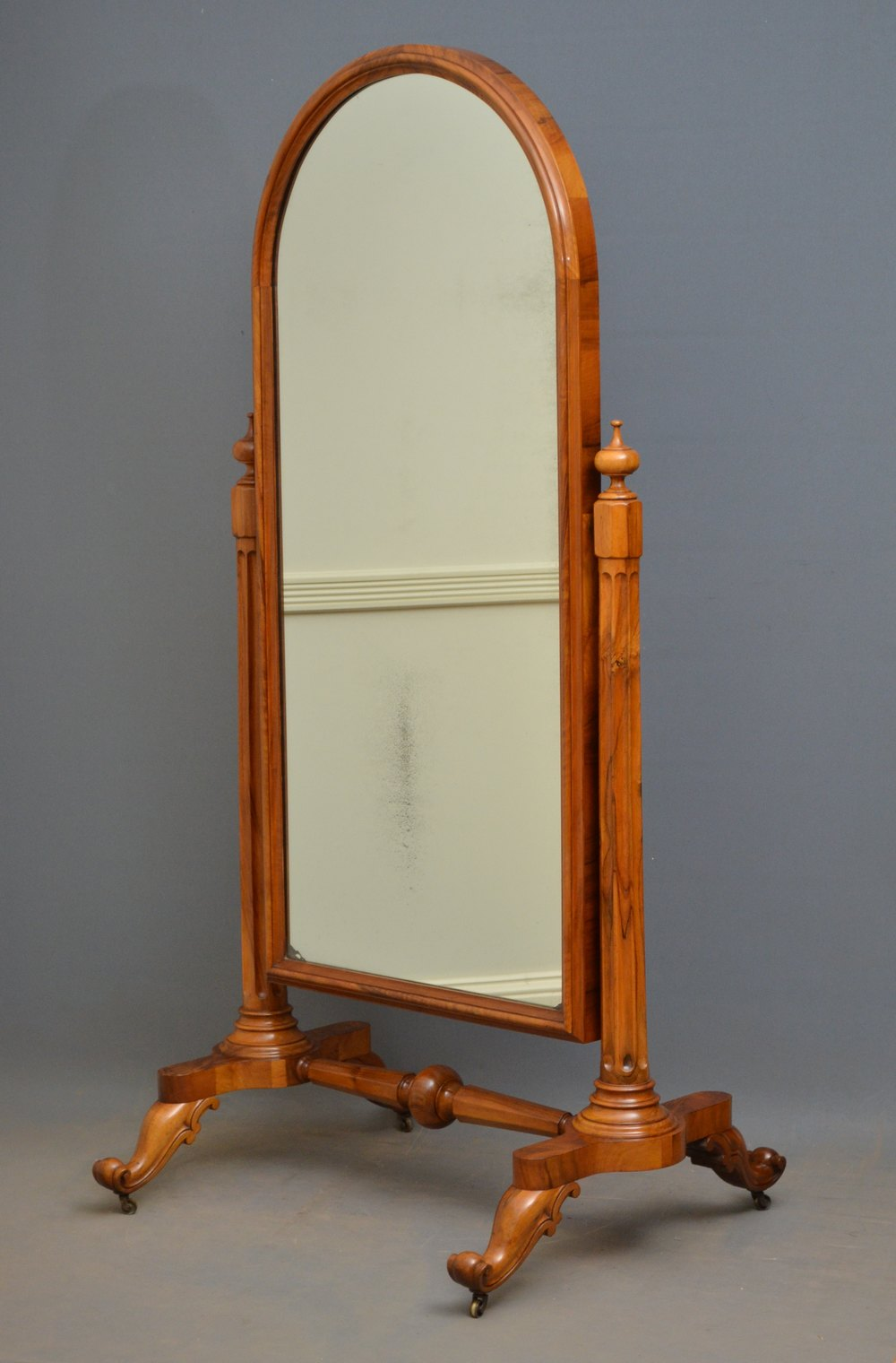 Antiques atlas victorian walnut cheval mirror for Cheval mirror