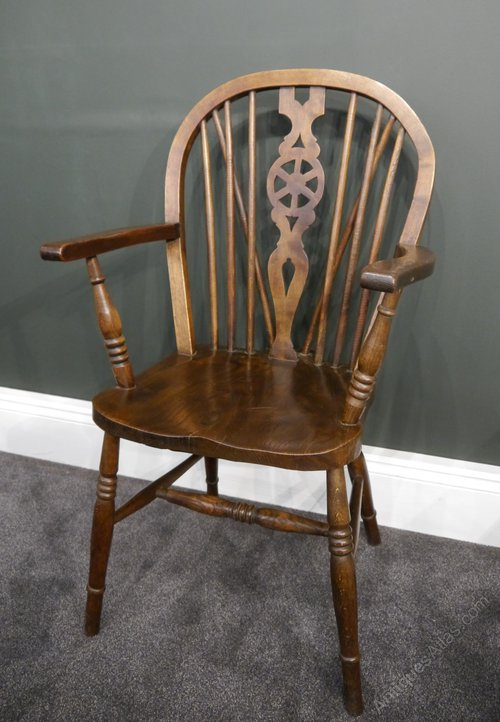 - Pair Of Oak Windsor Chairs - Antiques Atlas
