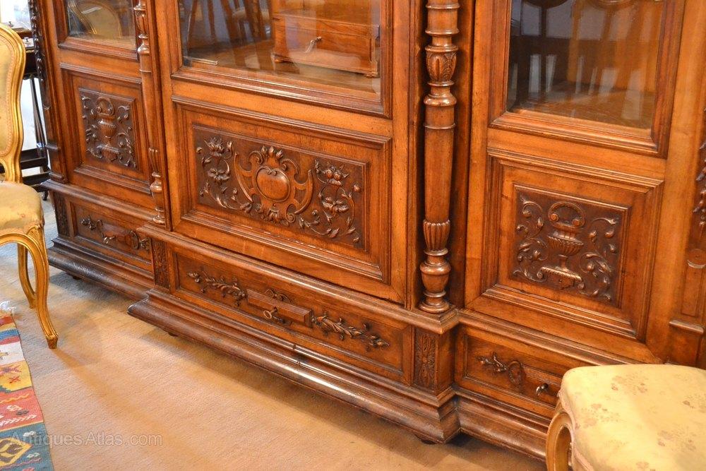 walnut bookcase henri ii style antiques atlas. Black Bedroom Furniture Sets. Home Design Ideas