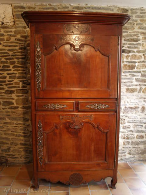 french armoire in cherry 19th antiques atlas. Black Bedroom Furniture Sets. Home Design Ideas