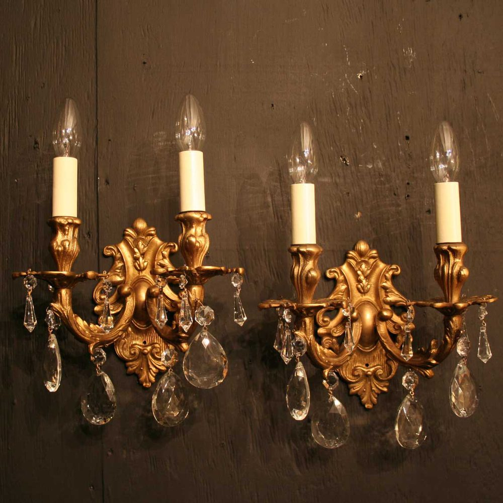 Antiques Atlas - Italian Pair Of Gilded Antique Wall Lights